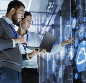 IT Techniciansmaintainingservers in a data centre